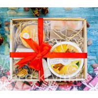 Подарочный набор №5 (Скраб сахарный, бальзам для губ, восковой крем, мыло Роза, мыло, мочалка)