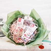 Набор подарочный РОЗОВЫЙ букет (Моносостав , крем для рук, гель для умывания, сливки для лица)