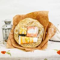 Набор СОЛНЕЧНЫЙ КРАЙ букет (крем-масло для тела, крем для рук, масло для ногтей, бальзам для губ)